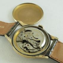 ウィットナー自動巻時計