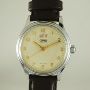 ORIS ボーイズサイズ自動巻腕時計