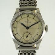 OMEGAスモールセコンド手巻腕時計