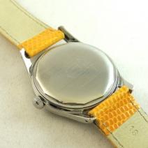 UNIVERSAL紳士用手巻時計