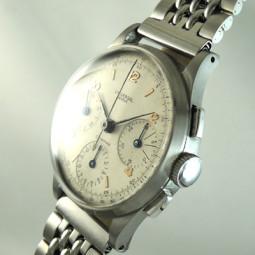 UNIVERSAL3つ目クロノグラフ手巻腕時計