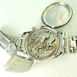 UNIVERSAL 3つ目クロノグラフ手巻腕時計