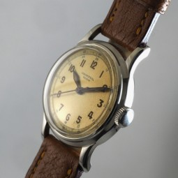 UNIVERSAL手巻腕時計         univ03305