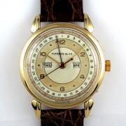 MOVADO手巻トリプルカレンダー腕時計