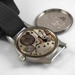 OMEGA軍用手巻腕時計