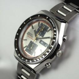 SEIKO 5 SPORTクロノグラフ自動巻腕時計