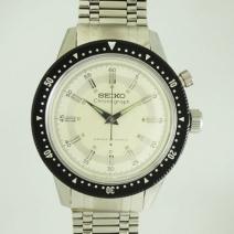 SEIKO クラウンクロノグラフ手巻き時計
