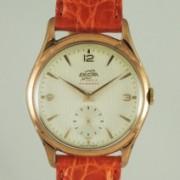ENICAR手巻スモールセコンド腕時計