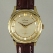 LECOULTREスモールセコンド自動巻腕時計
