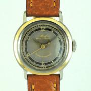 MIDO MAULTIFORT自動巻腕時計