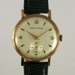 SMITHS手巻腕時計