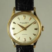 I.W.C自動巻腕時計